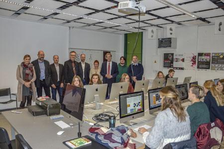 IT-Neuerungen am Pictorius-Berufskolleg - Digitalisierung beginnt im Kopf – und in der Schule