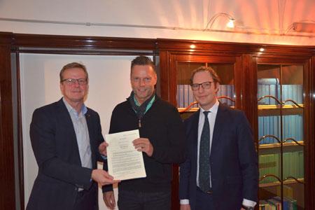 Stadt Rheine verkauft erstes Baugrundstück in der Eschendorfer Aue