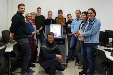 Ein Boot aus dem Drucker - Konkrete Projekte begeistern für MINT-Fächer