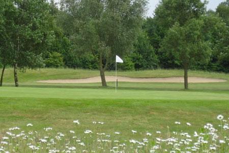 """""""Girls Go Golf 2019"""": Trainings-Workshops für Mädchen"""