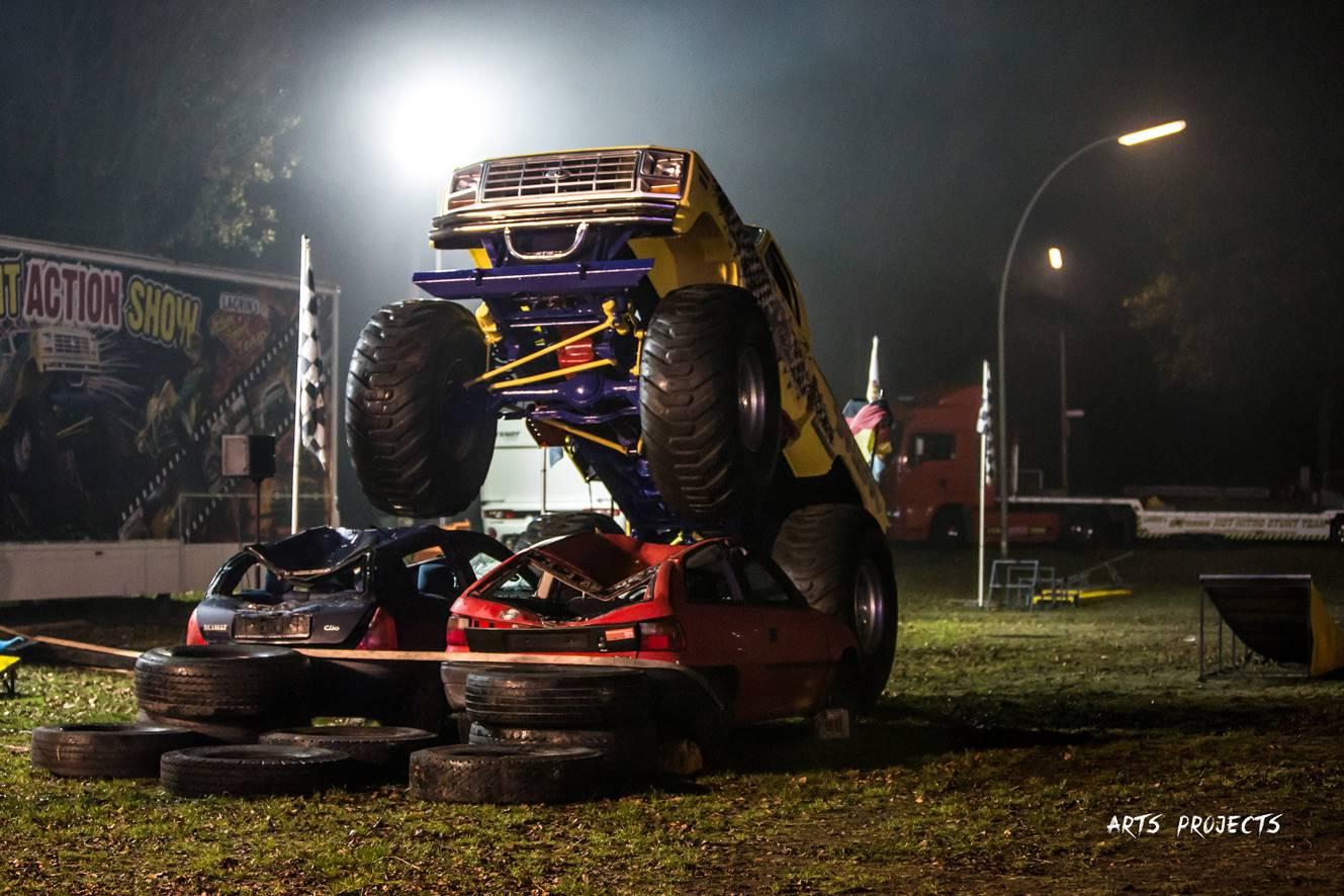 Monster-Trucks eröffnen Frühjahrskirmes in Meppen
