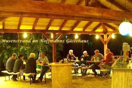 """Herzlich Willkommen im Biergarten ''Musenstrand'' im """"Stadt-gut-Hotel"""" Hoffmanns Gästehaus"""