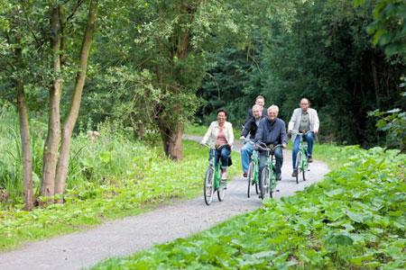 Mit dem Fahrrad durchs Grüne