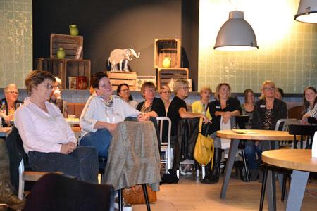 Unternehmerinnen besichtigen Emsgalerie: Drittes Treffen des Jahres bot Blick hinter die Kulissen