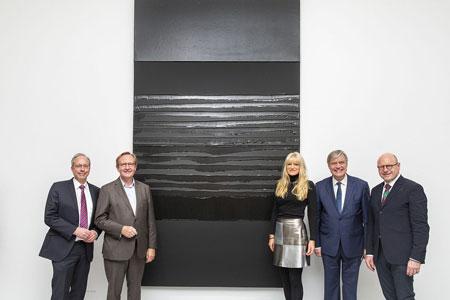 Meister des Lichts und der Farbe Schwarz - LWL-Museum für Kunst und Kultur erwirbt Gemälde von Pierre Soulages