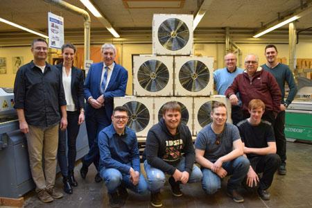 50 Windkoffer für den Schulunterricht - Benediktushof unterstützt Tischler-Projekt