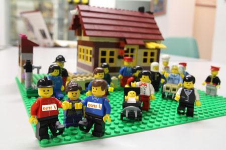 Ein Lego-Haus im XXL-Format
