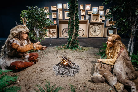 Überlebenskünstler Mensch - Die neue Sonderausstellung im LWL-Museum für Naturkunde